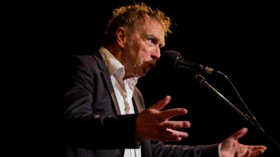 Alex Roeka wint Nederlandse Oeuvreprijs Kleinkunst en Cabaret